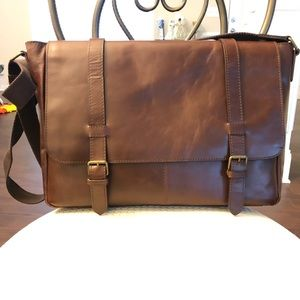 Wilson's Leather — Brown leather laptop bag